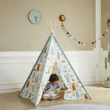 Littel Bear Teepee